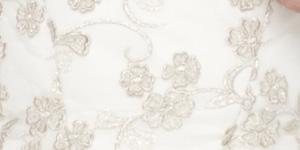 Brautkleider Herbsttyp Creme