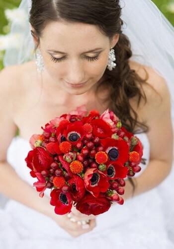 Roter Brautstrauß