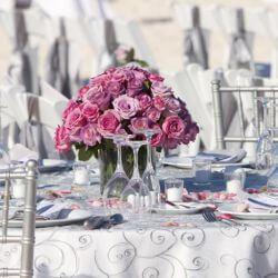 Silberhochzeit Deko-Ideen für Tisch und Saal