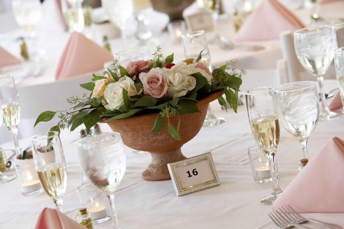 Blumendeko Hochzeit Rosen