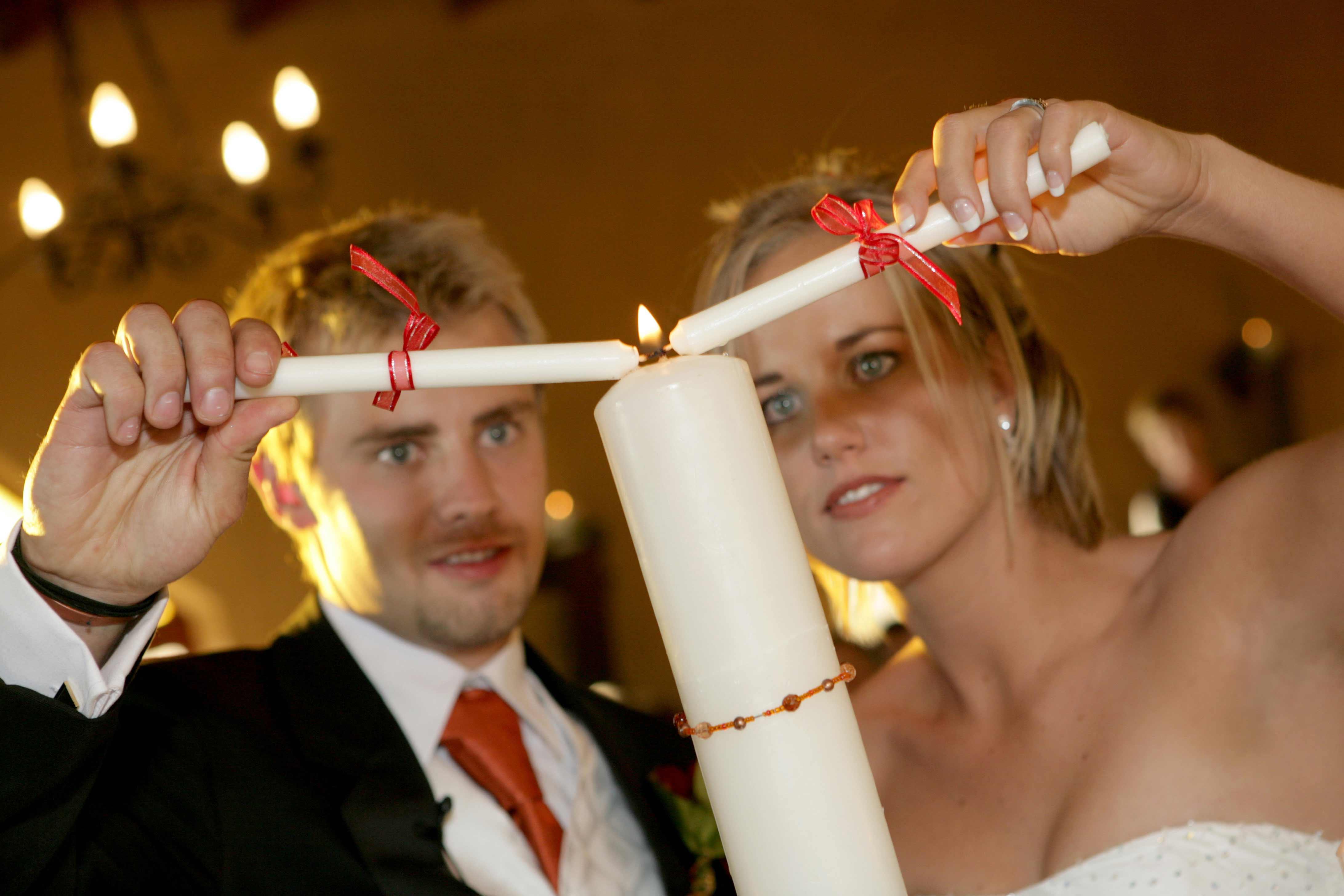 Hochzeitskerzen selbst gestalten