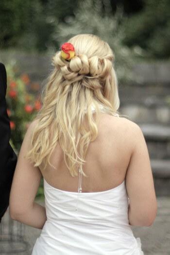 Schöne Brautfrisuren