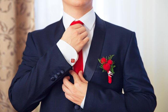 Krawattenknoten für die Hochzeit