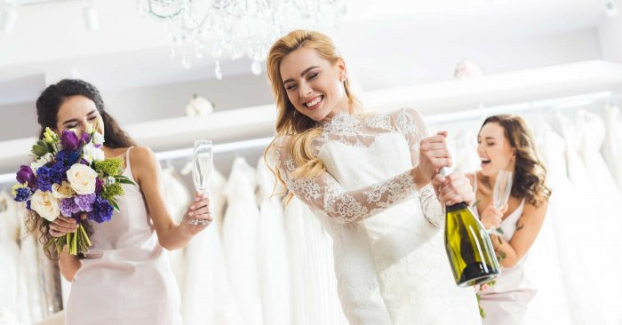 Hochzeitskleider Bilder