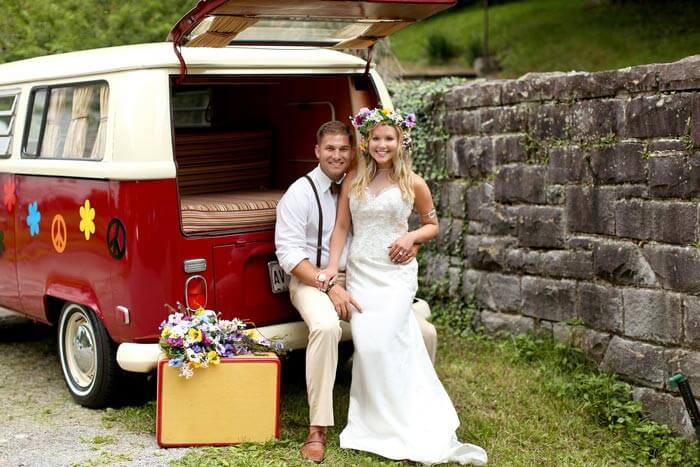 Hippie Hochzeit mit Bulli