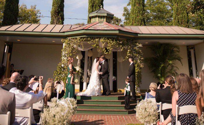 Hochzeitsdeko in Grün