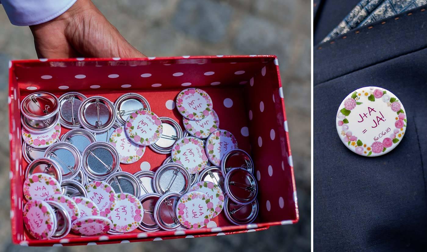 Buttons für Hochzeitsgäste
