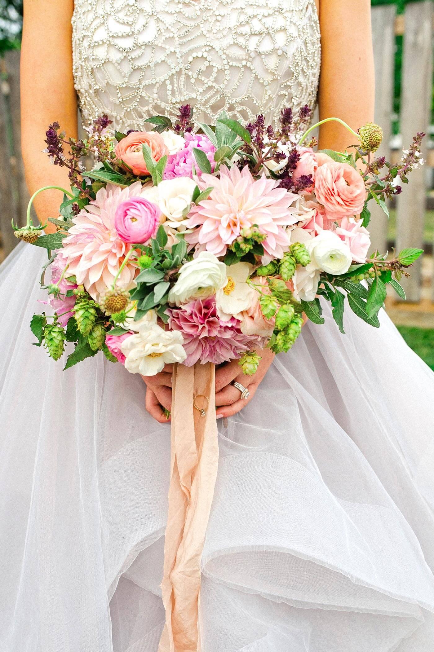 Brautstrauß Dahlien