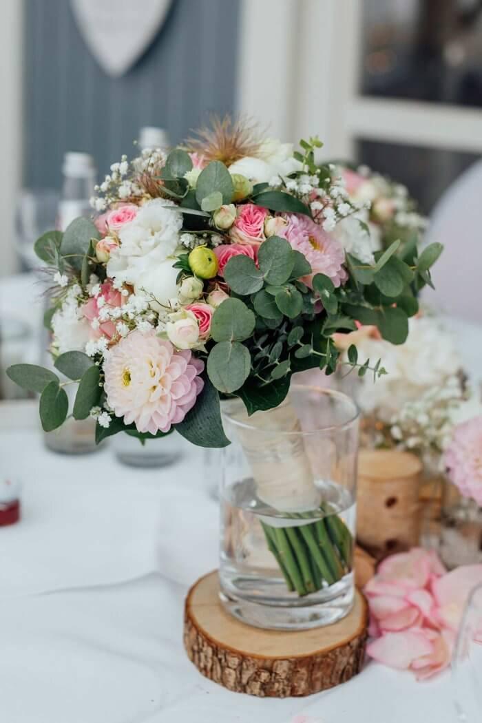 Brautstrauß Eukalyptus Rosa