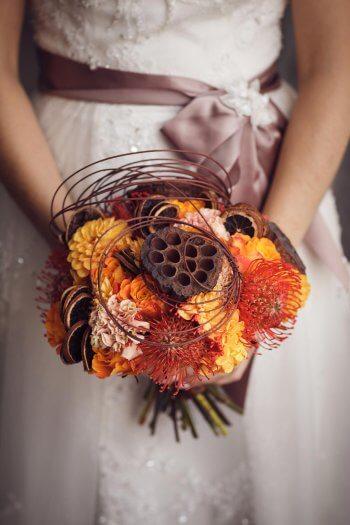 Hochzeitsstrauß für den Herbst