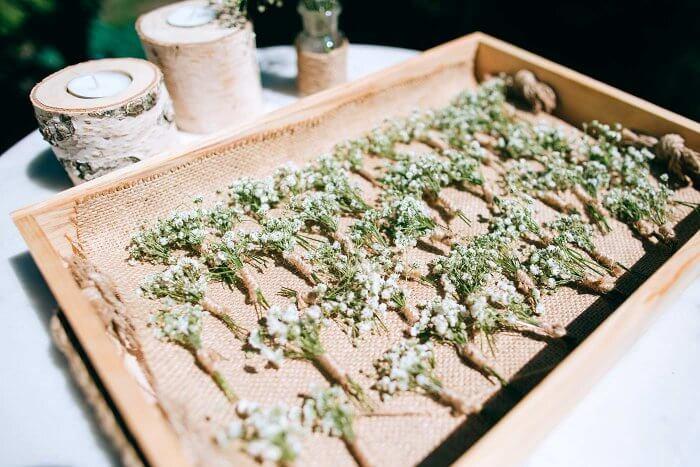 Hochzeitsanstecker Gäste