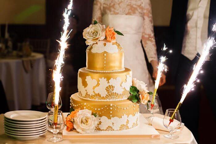 Hochzeitstorte | Musik & Lieder