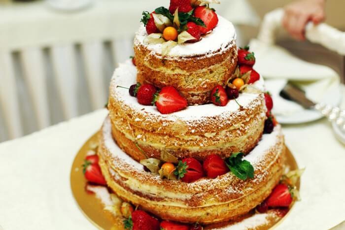Hochzeitstorte Naked Cake