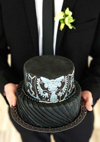 Hochzeitstorte schwarz