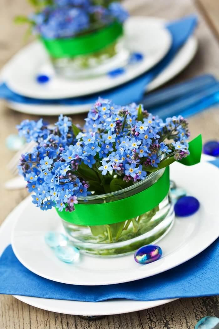 Blaue Tischdeko