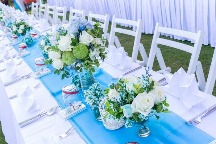 Tischdeko blau weiß