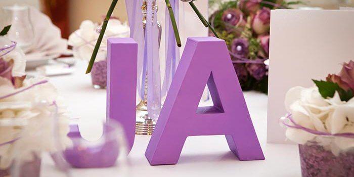 Tischdekoration Hochzeit Lila