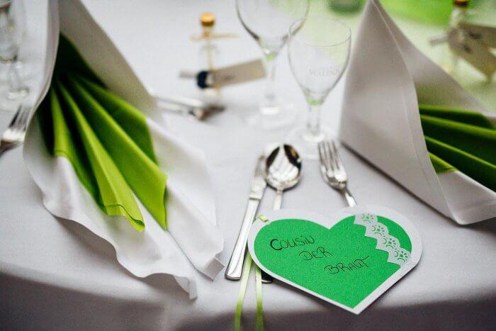 Platzkarten zur Hochzeit selber machen