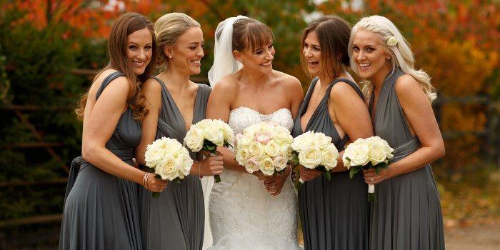 Brautjungfernkleider Grau