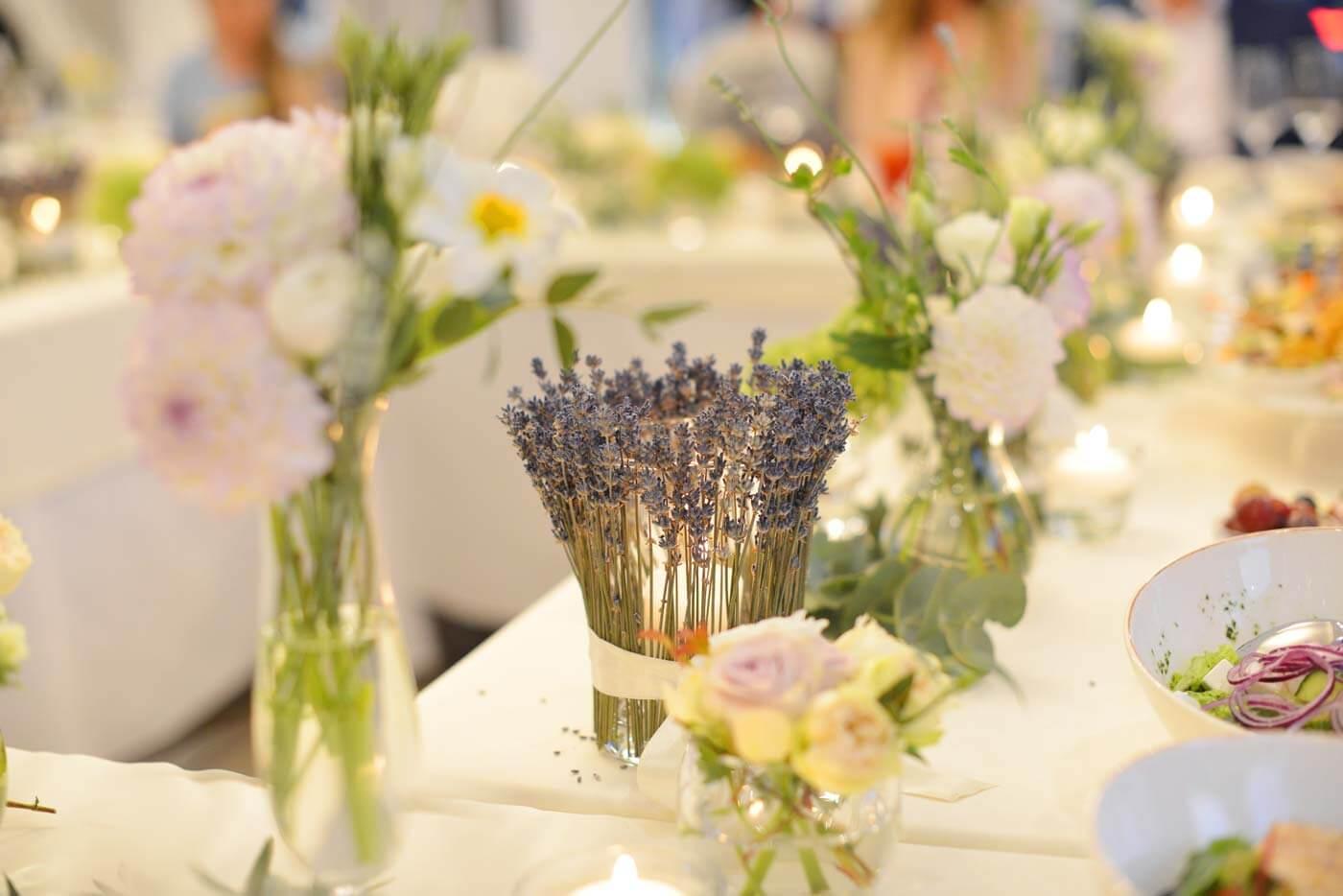 Tischdeko Lavendel Hochzeit