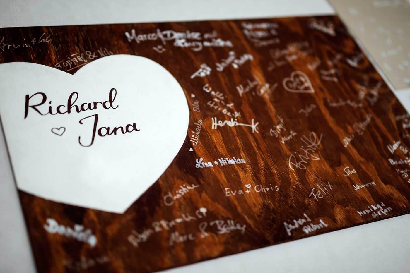 Gästebuch Hochzeit personalisiert