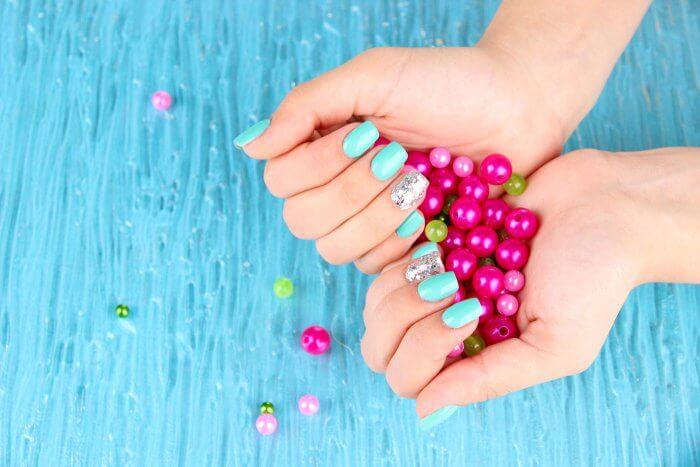 schöne Nägel für die Hochzeit