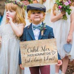 Schild Hier kommt die Braut