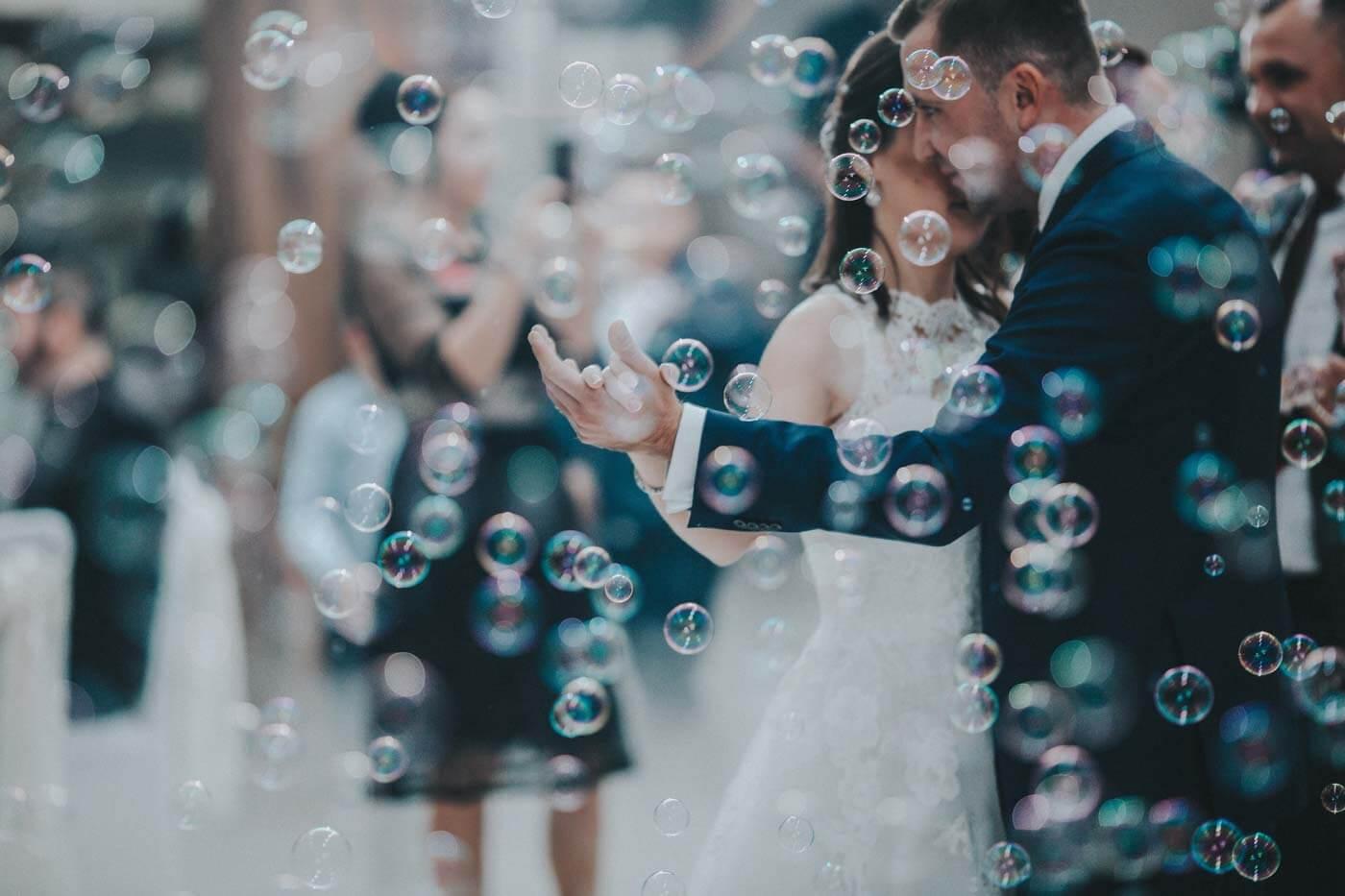 Seifenblasen Hochzeitstanz