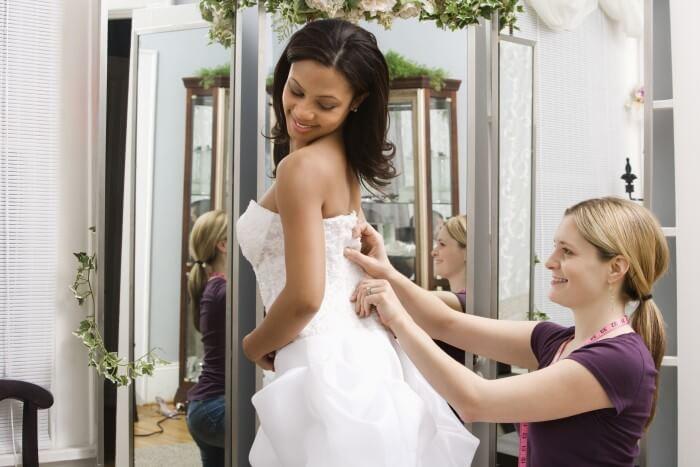 Brautkleider Anprobe